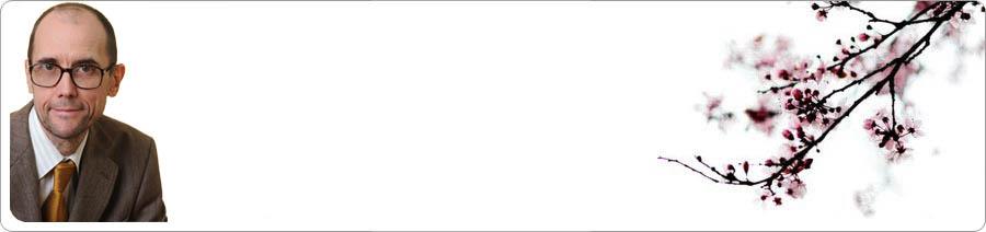 Georg Parlow mit blühendem Kirschzweig auf weißem Grund